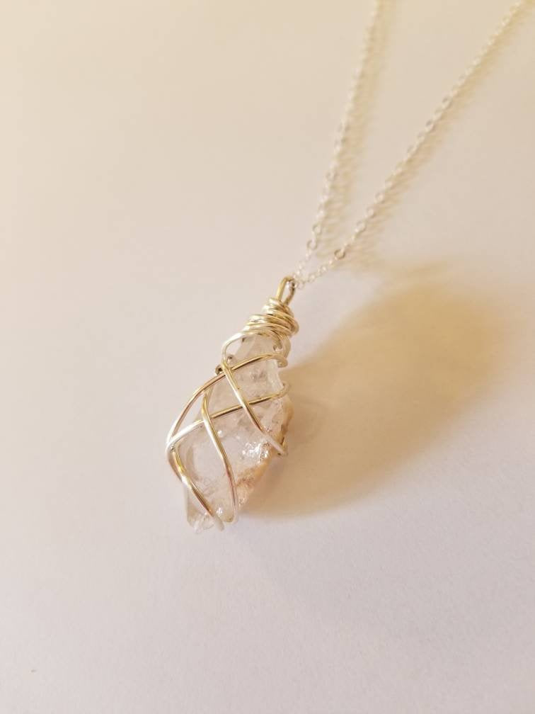QUARTZ GALAXY NECKLACE | Clear Quartz Crystal Pendant on a fine 32