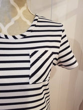 Load image into Gallery viewer, SHORT SLEEVE SHIFT DRESS | Midnight Blue + White Striped Knit | Size S/6