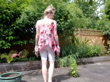 Load image into Gallery viewer, Hip Pocket Top in 'Pink Magnolia' Floral Crepe