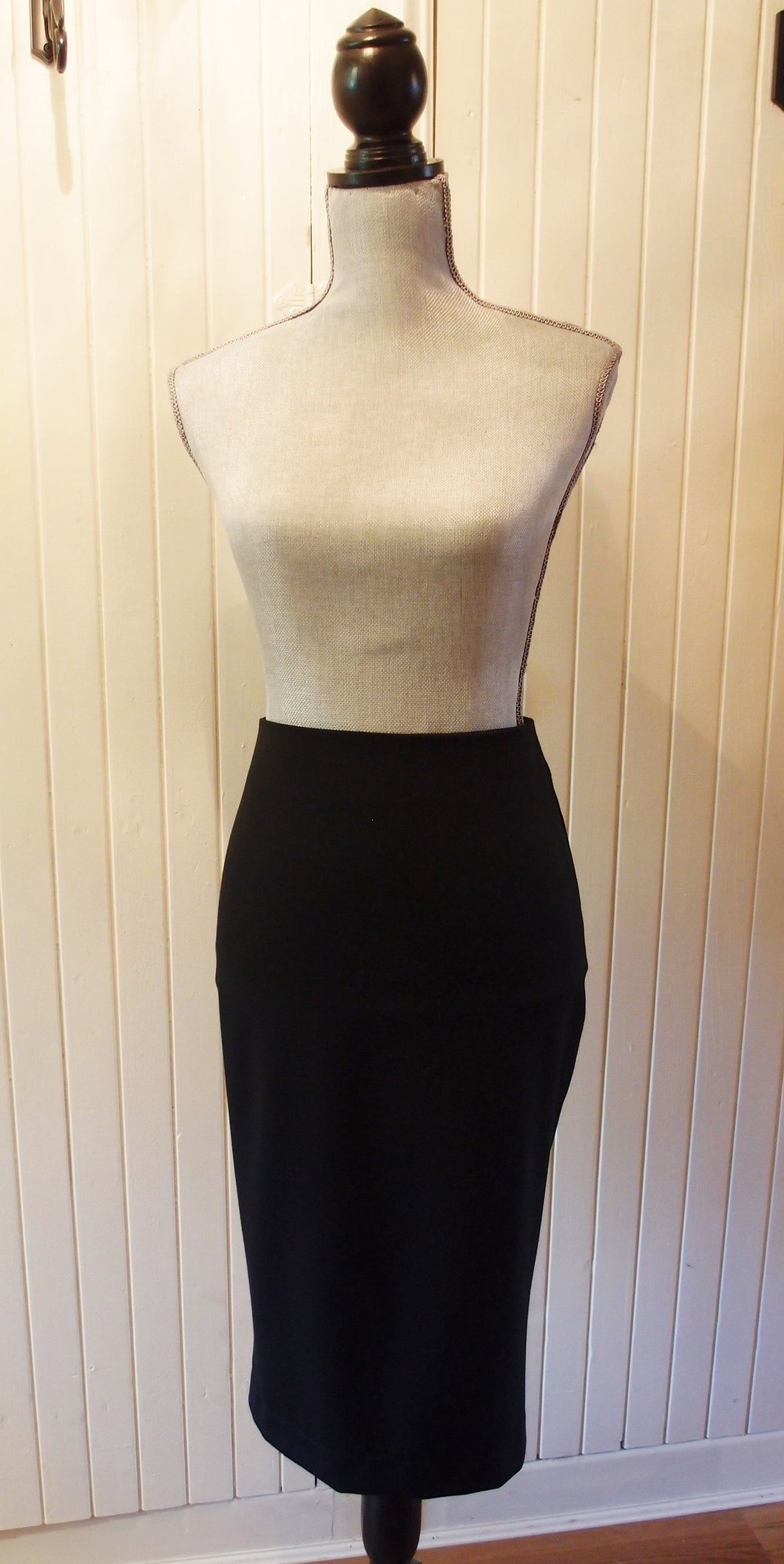 Pencil Skirt in 'Black' Stretch Woven