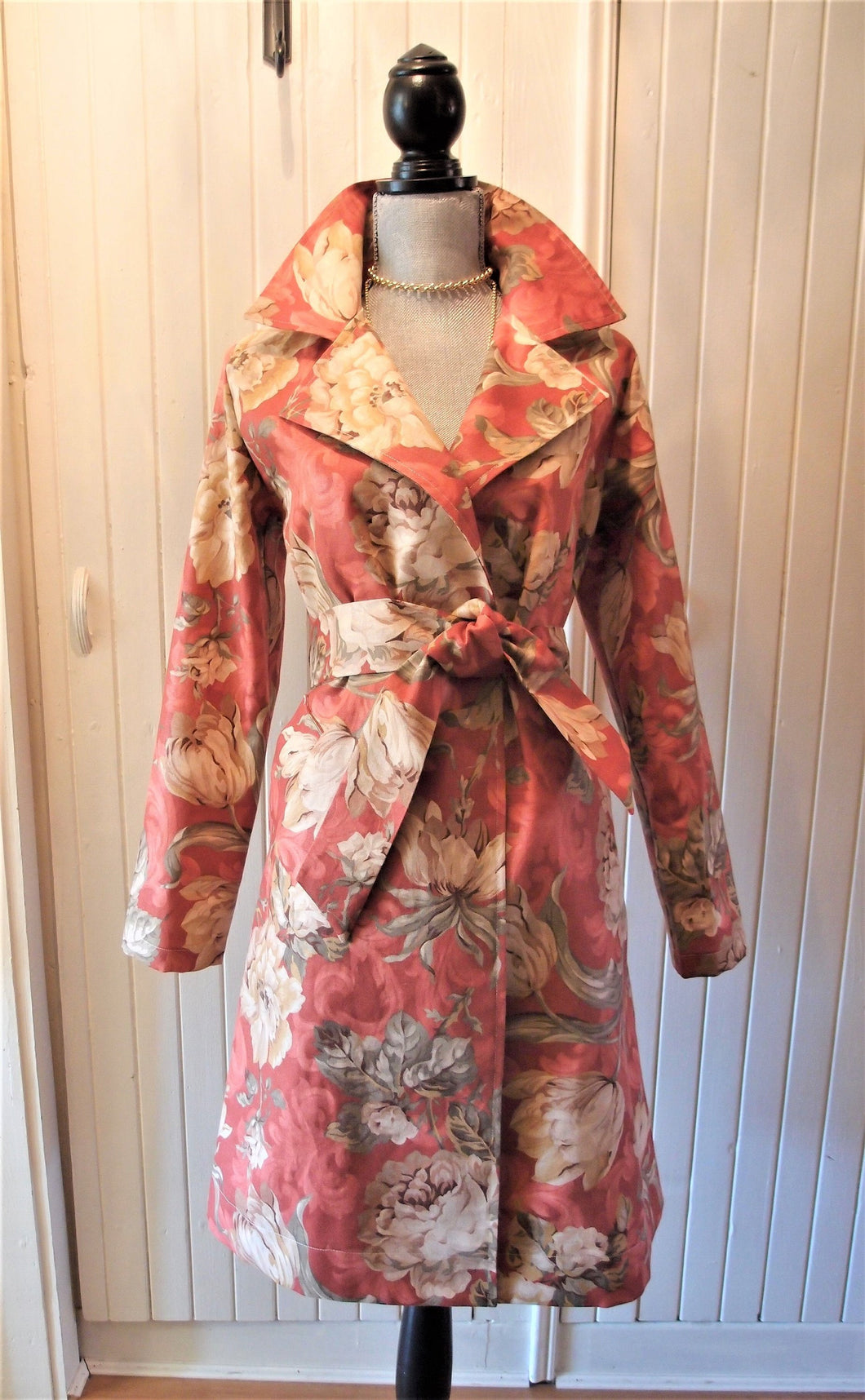 Sienna Trenchcoat in 'Spring Peony' Cotton
