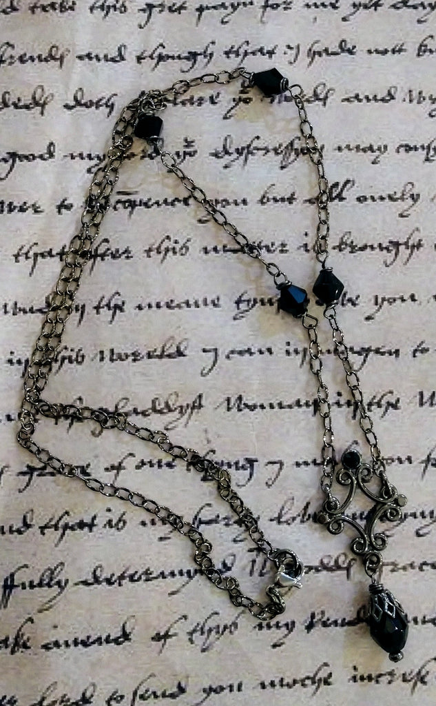 Queen's Courtier Drop Necklace