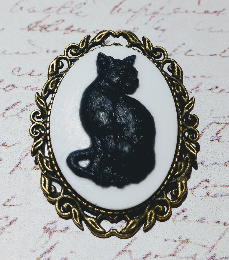 Black Cat Cameo Brooch