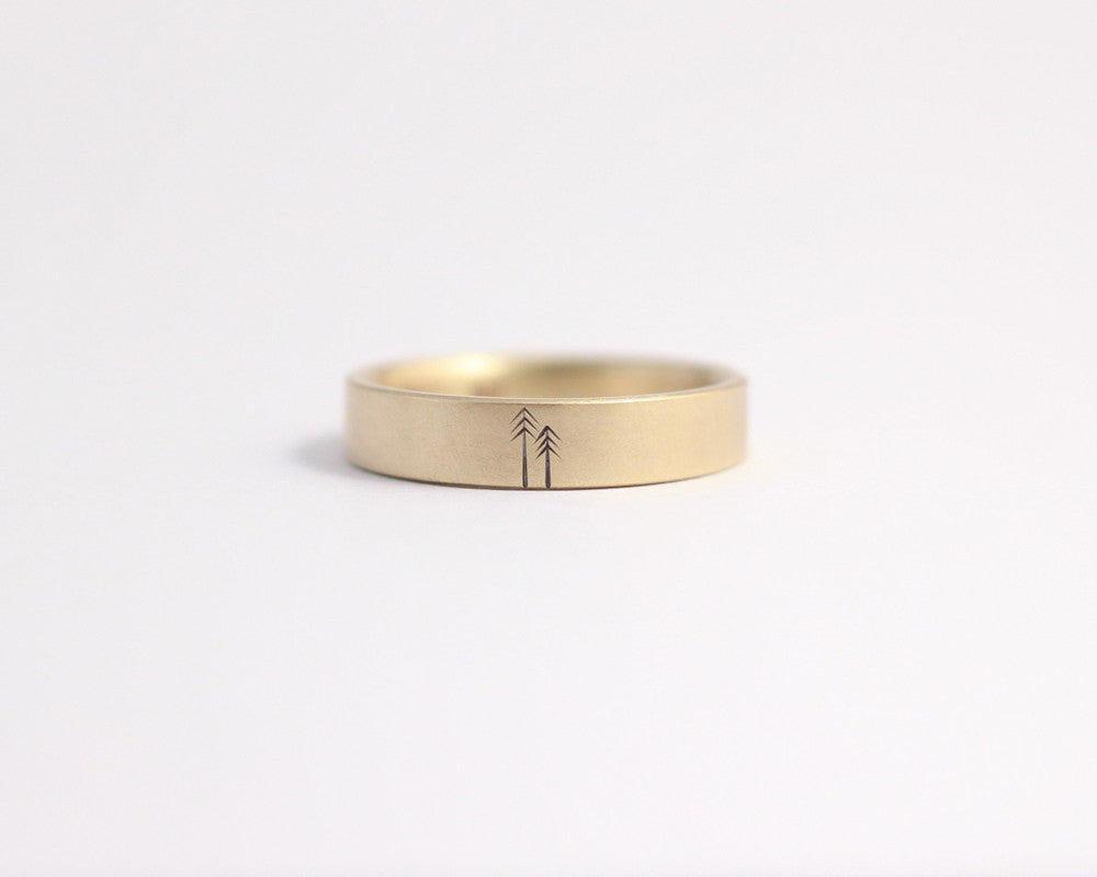 Woodland Ring in Yellow Gold - Medium, [product_type} - Ash Hilton Jewellery