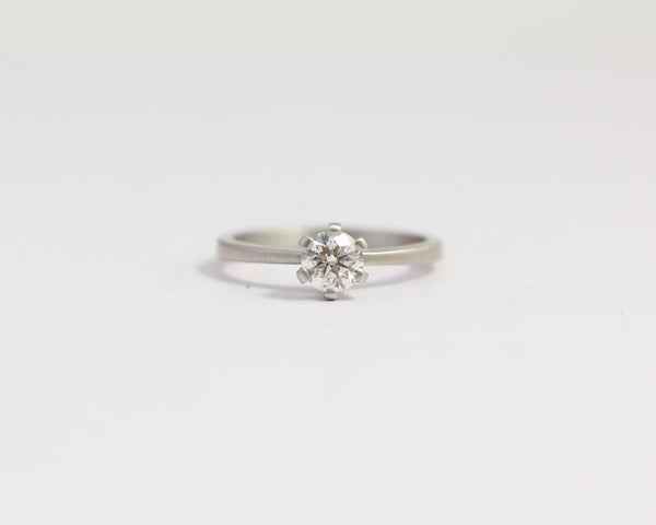 Platinum Engagement Ring with Ethical Diamond