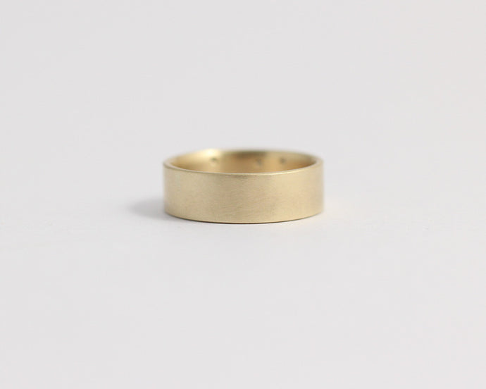 Ethical Yellow Beach Gold Band - Medium, [product_type} - Ash Hilton Jewellery