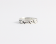 Blossom Ring - Medium, [product_type} - Ash Hilton Jewellery