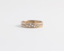 Bouquet Ring in Yellow Gold - Medium