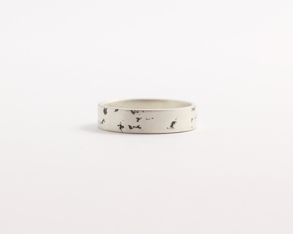 Distressed Ring - Medium, [product_type} - Ash Hilton Jewellery
