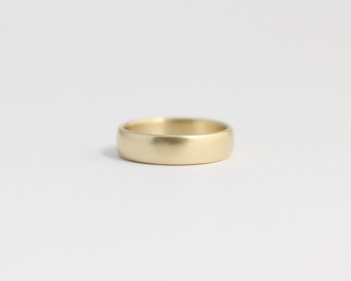 Rounded Ethical Yellow Beach Gold Band - Medium, [product_type} - Ash Hilton Jewellery