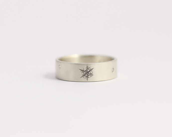 Snowflakes and Diamonds Ring - Medium, [product_type} - Ash Hilton Jewellery