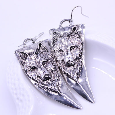 Vintage Horn-shaped Wolf Earrings