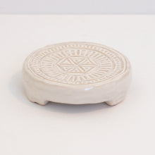 Load image into Gallery viewer, Stoneware Trivet