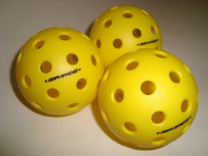 Set of 3 Onix Fuse Outdoor Pickleball Balls Yellow