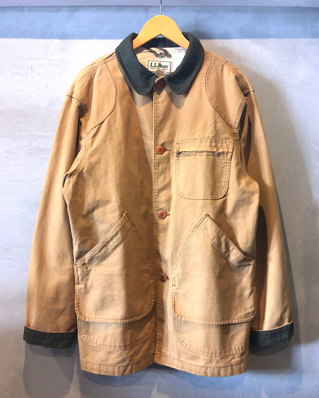 L.L.Bean-Hunting jacket-(size M)Made in U.S.A.