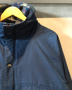 Woolrich-Mountain Parker-(size L)Made in U.S.A.