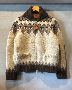 CANADIAN SWEATER COMPANY LTD.-(size 36)-Made in CANADA