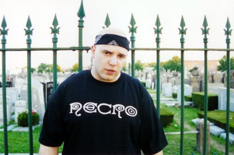 Necro, rappeur et producteur de Brooklyn, NYC.