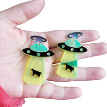 Load image into Gallery viewer, 1 Pair of Cute Exaggerated Alien Earrings UFO Spacecraft Earrings for Funny Ear