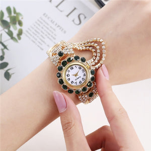 Exquisite Women Bracelet Wrist Watch Crystal Diamond Display Fashion Lady Quartz Watch Relogio Feminino