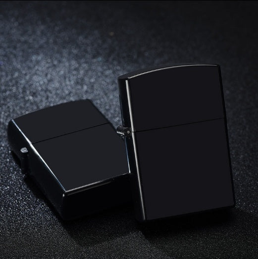 Retro kerosene Lighter fire starter plastic case lighter Simple cigarette lighter Gift for men
