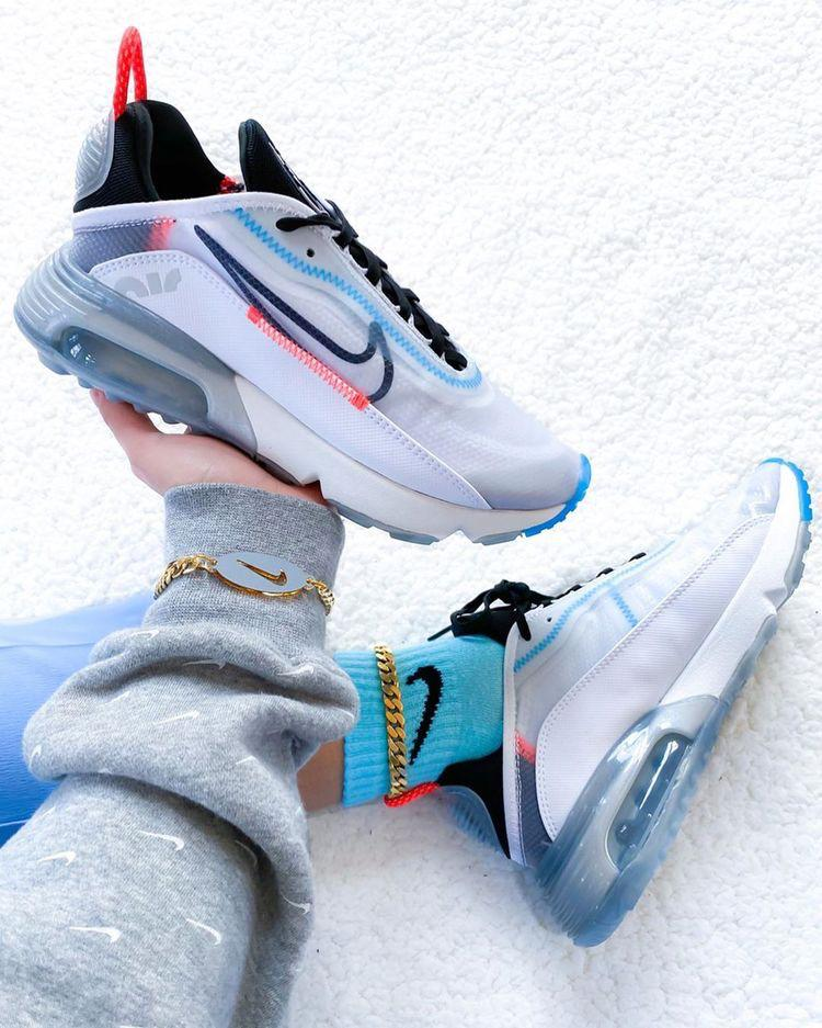 Buy first copy Nike Air Max 2090 shoes