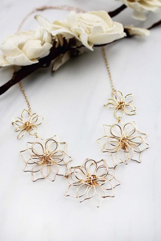 Rose Gold Floral Necklace