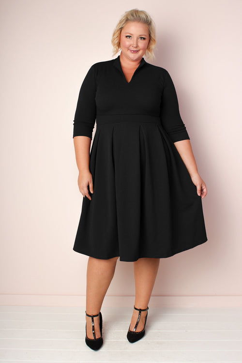 Valerie Pleated V-Neck Dress -Black