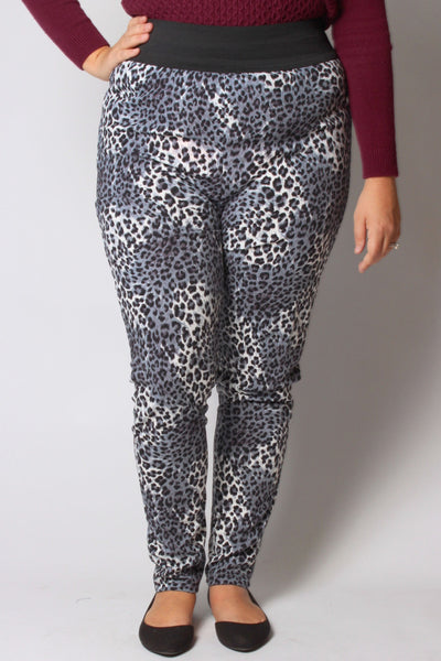 Plus Size Clothing for Women - Cheetah Print Active Leggings - Society+ - Society Plus - Buy Online Now! - 2