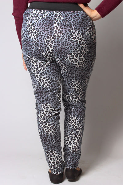 Plus Size Clothing for Women - Cheetah Print Active Leggings - Society+ - Society Plus - Buy Online Now! - 3