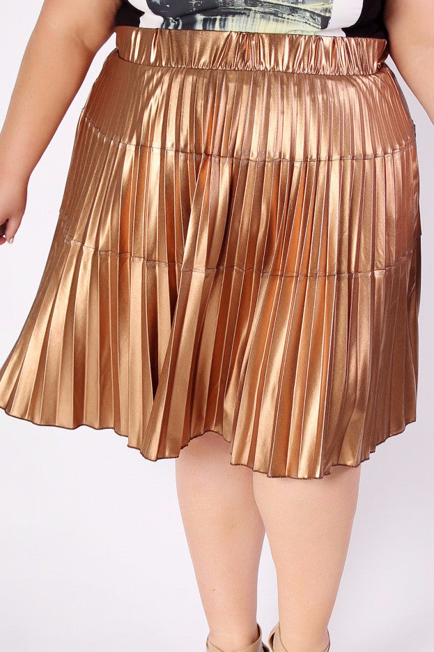 We found the softest and stretchiest metallic fabric just for you and you'll never believe you're wearing the metallic trend for the season in complete comfort. A wise woman once said,