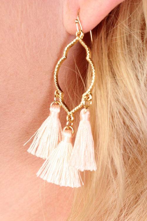 Clover Baby Tassel Dangle Earrings - Peach