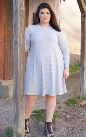 Liv Trapeze Dress - Grey/White