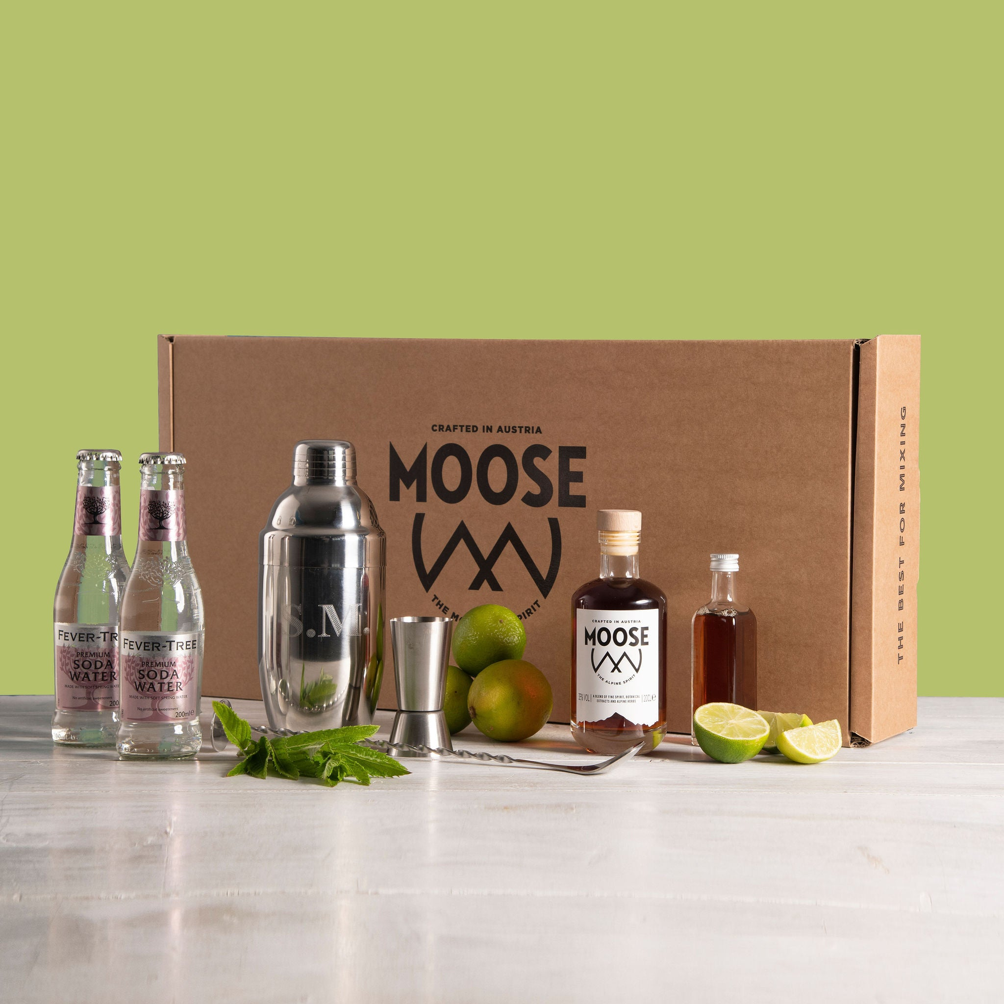 MOOSE Cocktail Gift Set + Engraved Shaker