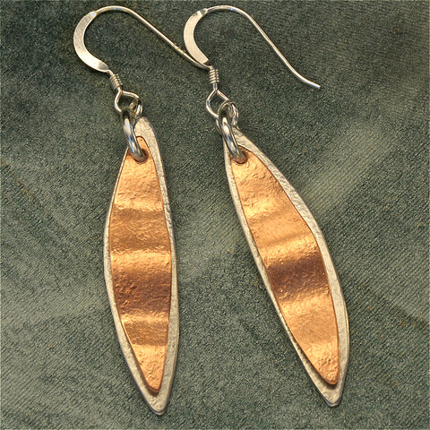Two-tone leaf earrings