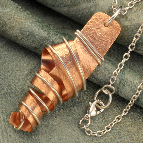 Twirly copper necklace