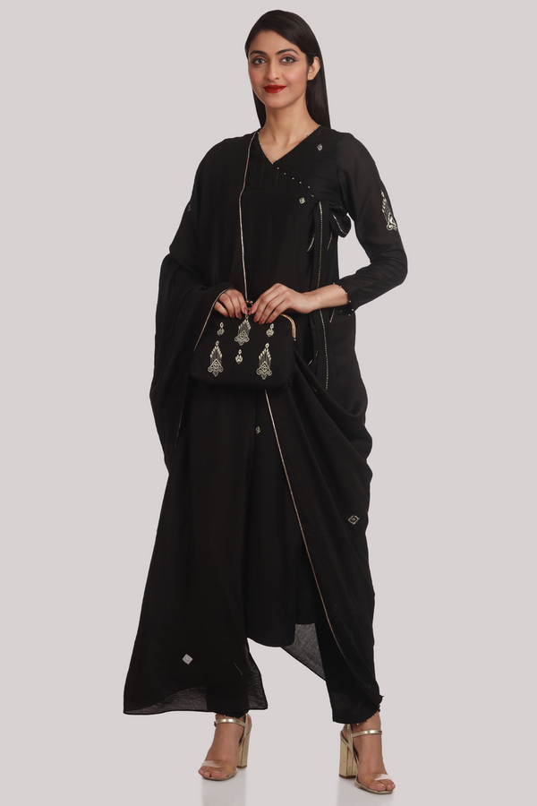 Black and Gold Minimal Gota-Zari Play Chanderi Dupatta