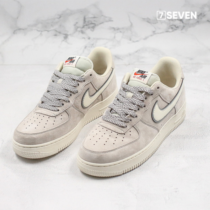 Nike Air Force 1 OG