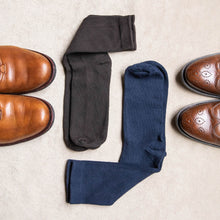 Load image into Gallery viewer, Brown and Navy Easy Fit Over the Calf Dress Socks