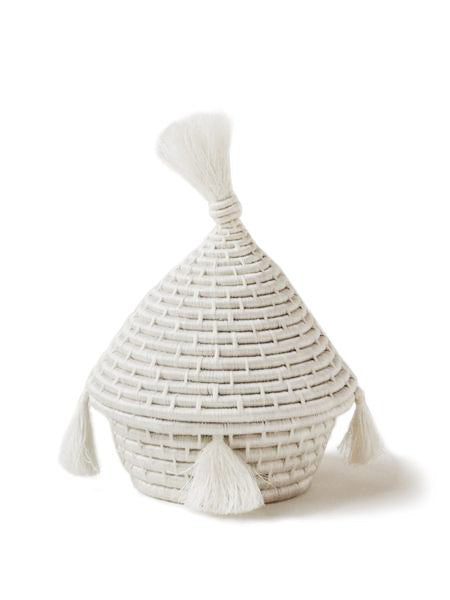 Home Goods - Tassel Lidded Basket