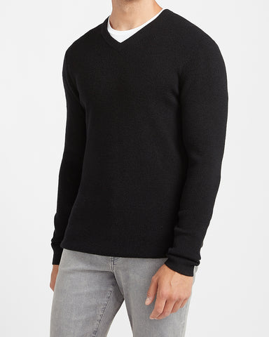 Marled Rayon Stretch V-Neck Sweater in Pitch Black