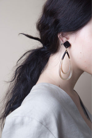 LONG WATERDROPS HORN EARRINGS