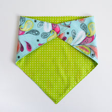 Load image into Gallery viewer, Doggie bandana (paisley polka)