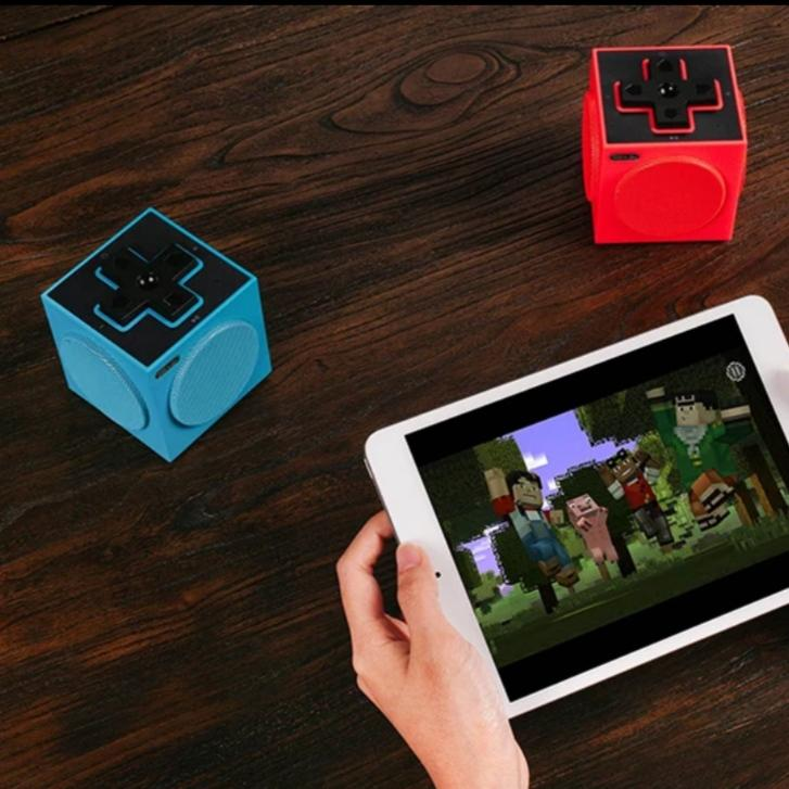TWIN CUBE PRO MOBILE SPEAKERS