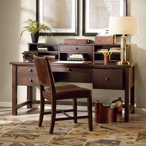 Lake Oak Desk
