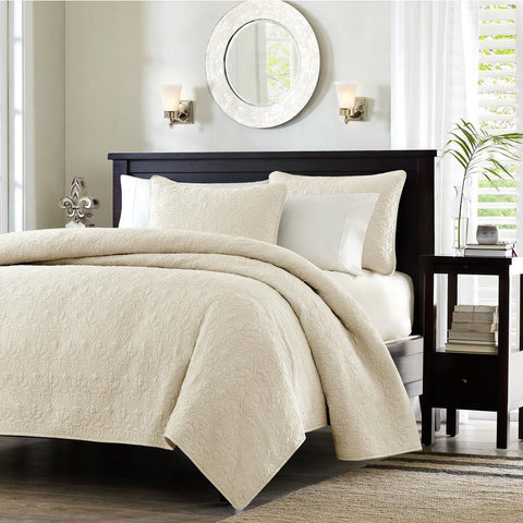 Image of Full / Queen Ivory Beige Quilted Coverlet Quilt Set with 2 Shams