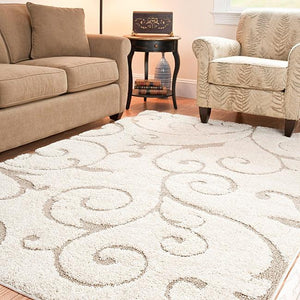 Hand-woven Ultimate Cream/ Beige Shag Rug (5'3 x 7'6)