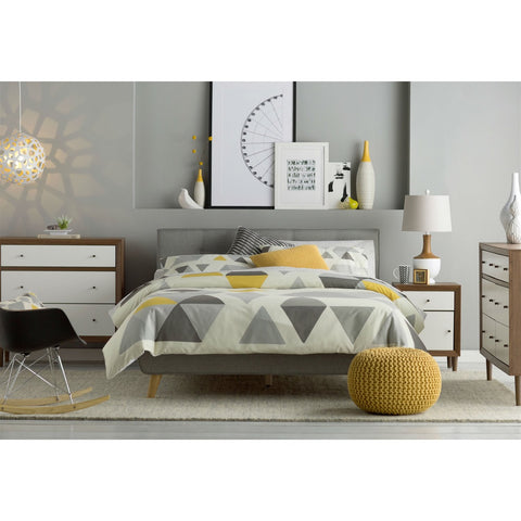 Image of Queen Mid-Century Grey Upholstered Platform Bed with Button-Tufted Headboard