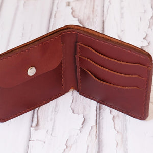 Bi Fold wallet russet card slots and change section