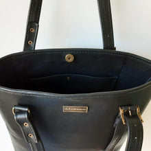 Load image into Gallery viewer, Classic Black Leather Shopper Bag inner pocket